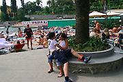 ITALY, Liguria, Rapallo: innamorati.....ITALY, Liguria, Rapallo: young lovers