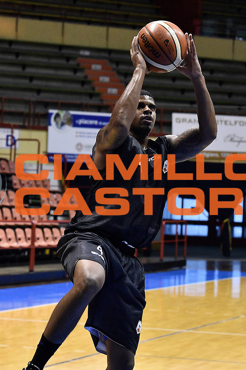 Edgar Sosa<br /> Pasta Reggia Juve Caserta - Benacquista Latina Basket<br /> Torneo Terme di Castrocaro<br /> Lega Basket Serie A 2016/2017<br /> Forli, 09/09/2016<br /> Foto Ciamillo-Castoria
