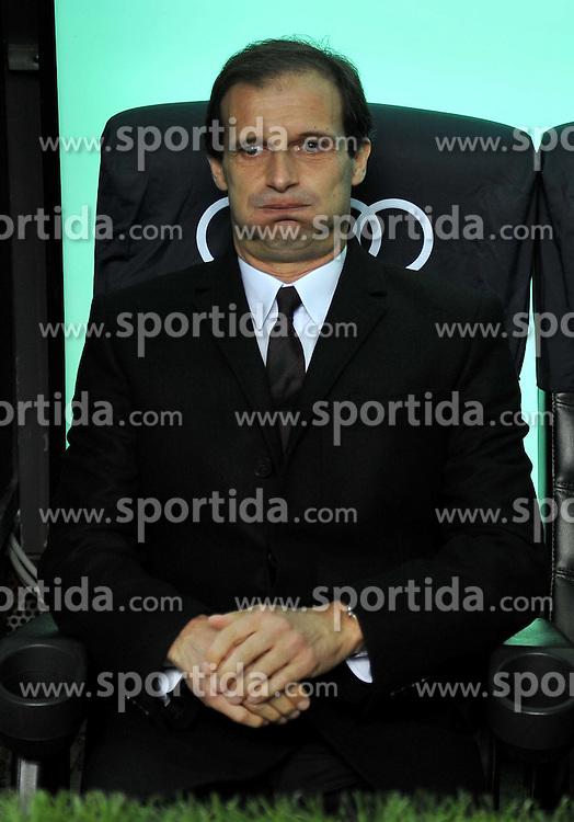 15.10.2011, Giuseppe-Meazza-Stadion, Mailand, ITA, Serie A, AC Mailand vs US Palermo, im Bild Massimiliano ALLEGRI (Milan). // during Serie A football match between AC Mailand and US Palermo at Giuseppe Meazza Stadium, Milan, Italy on 15/10/2011. EXPA Pictures © 2011, PhotoCredit: EXPA/ InsideFoto/ Alessandro Sabattini +++++ ATTENTION - FOR AUSTRIA/(AUT), SLOVENIA/(SLO), SERBIA/(SRB), CROATIA/(CRO), SWISS/(SUI) and SWEDEN/(SWE) CLIENT ONLY +++++