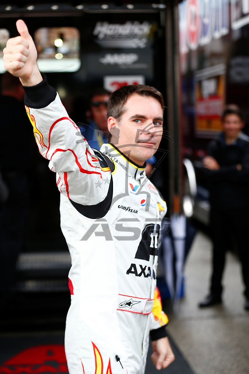 Homestead, FL - Nov 22, 2015:  Jeff Gordon (24) pumps up the crowd prior to the FORD EcoBoost 400 at Homestead Miami Speedway in Homestead, FL.