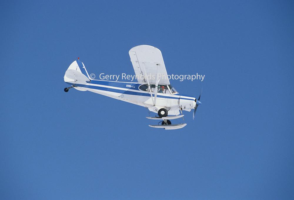 Ski plane, Glacier, Aviation, Alaska flying, Bush Plane, Denali, Denali National Park, Alaska