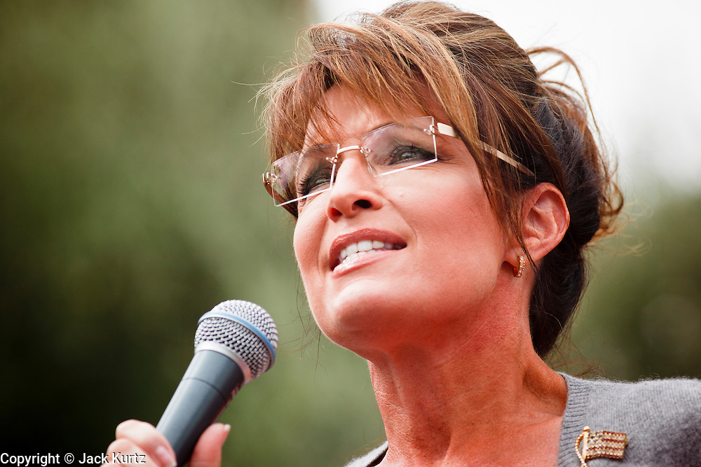 22 OCTOBER 2010 - PHOENIX, AZ:  SARAH PALIN at a Tea Party rally in Phoenix, AZ, Friday. About 300 people attended a Tea Party rally on the lawn of the Arizona State Capitol in Phoenix Friday. They demanded lower taxes, less government spending, repeal of the health care reform bill, and strengthening of the US side of the US - Mexican border. They listened to Arizona politicians and applauded wildly when former Alaska Governor Sarah Palin and her son, Trig, made a surprise appearance. The event was a part of the Tea Party Express bus tour that is crossing the United States.     Photo by Jack Kurtz