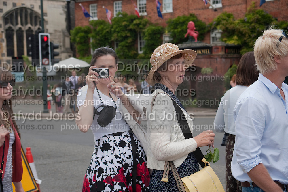 Henley Regatta. 2 July 2011. <br /> <br />  , -DO NOT ARCHIVE-&copy; Copyright Photograph by Dafydd Jones. 248 Clapham Rd. London SW9 0PZ. Tel 0207 820 0771. www.dafjones.com.