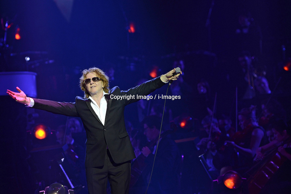 Singer Mick Hucknall performs live during AIDA Night Of The Proms at the O2 World, Berlin, Germany, December 2012. Photo by Imago / i-Images...UK ONLY