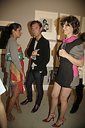 SERENA REES, JUDE LAW AND SARAH MORRIS, Photos by Robert Mapplethorpe: Still Moving & Lady, Alison Jacques Gallery, 4 Clifford Street, London, W1, Dinner afterwards at the  The Dorchester with performance by Patti Smith, 7 September 2006.  ONE TIME USE ONLY - DO NOT ARCHIVE  © Copyright Photograph by Dafydd Jones 66 Stockwell Park Rd. London SW9 0DA Tel 020 7733 0108 www.dafjones.com