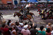 Bonfim_MG, Brasil...Carnaval a Cavalo e a maior festa da cidade de Bonfim, Minas Gerais. Sao tres dias, onde Cavaleiros e amazonas desfilam na Praca da Matriz...Carnival Horse and the biggest party the city of Bonfim, Minas Gerais. Are three days, where Knights and Amazons parade at the square...Foto: MARCUS DESIMONI / NITRO