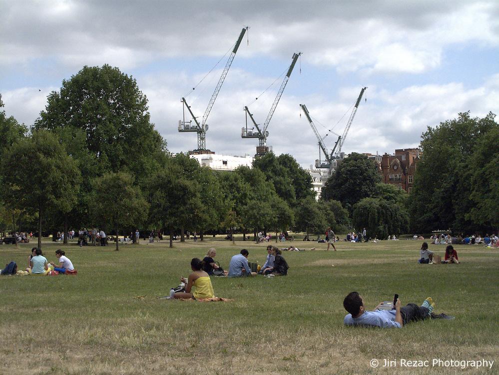 UK ENGLAND LONDON 20JUL13 - People sunbathe on a hot summer day in Kensington Gardens, west London.<br /> <br /> <br /> <br /> jre/Photo by Jiri Rezac<br /> <br /> <br /> <br /> © Jiri Rezac 2013