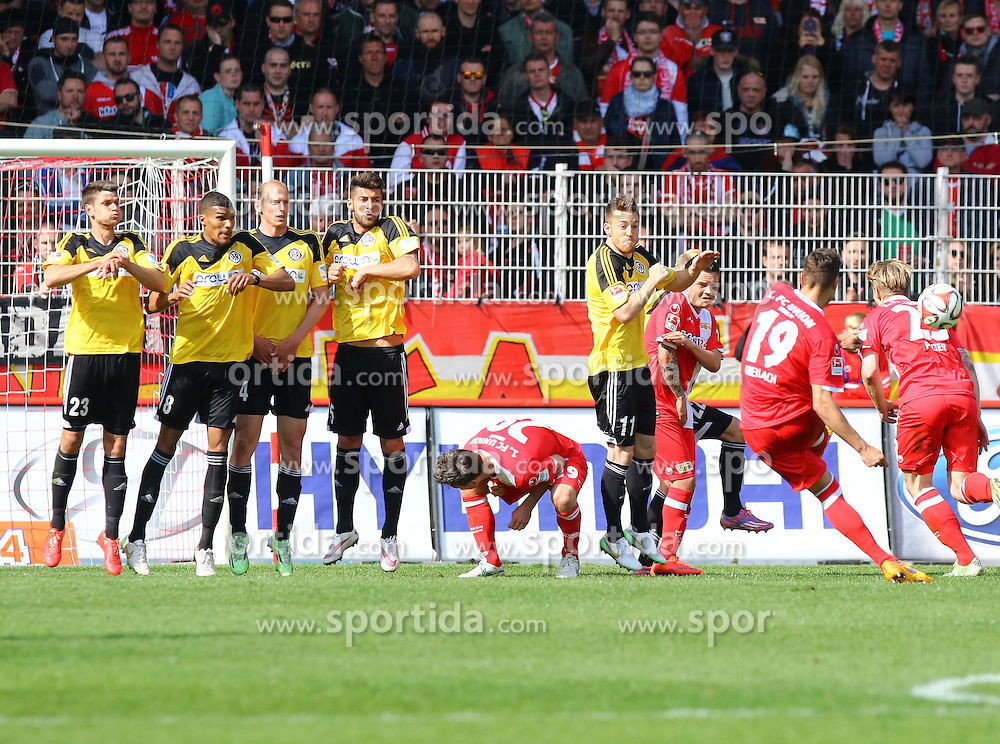 12.04.2015, Alte Foersterei, Berlin, GER, 2. FBL, 1. FC Union Berlin vs VfR Aalen, 28. Runde, im Bild Damir Kreilach (#19, 1. FC Union Berlin) beim Freistoss // SPO during the 2nd German Bundesliga 28th round match between 1. FC Union Berlin and VfR Aalen at the Alte Foersterei in Berlin, Germany on 2015/04/12. EXPA Pictures &copy; 2015, PhotoCredit: EXPA/ Eibner-Pressefoto/ Hundt<br /> <br /> *****ATTENTION - OUT of GER*****