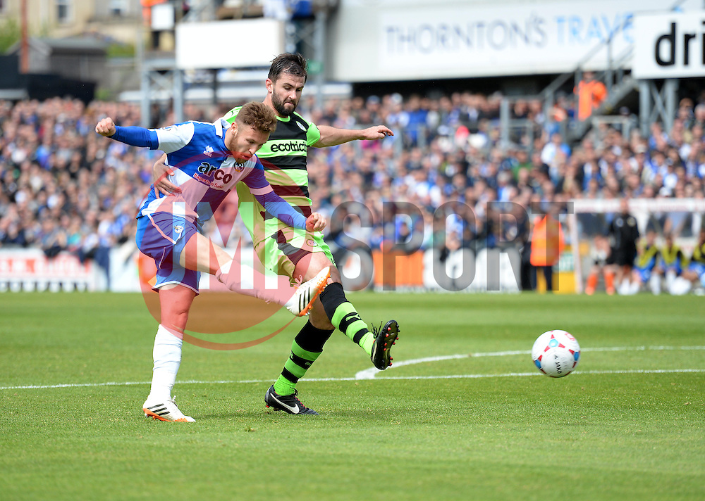 Bristol Rovers' Matt Taylor shoots. - Photo mandatory by-line: Alex James/JMP - Mobile: 07966 386802 - 03/05/2015 - SPORT - Football - Bristol - Memorial Stadium - Bristol Rovers v Forest Green Rovers - Vanarama Football Conference