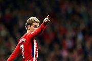 Atletico Madrid's French forward Antoine Griezmann gestures during the Spanish championship Liga football match between Atletico Madrid and Real Madrid on November 18, 2017 at the Wanda Metropolitano in Madrid, Spain - Photo Benjamin Cremel / ProSportsImages / DPPI