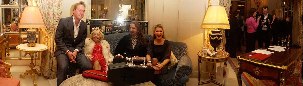 Ben Fogle, Kay Lockwood, Count Alexander, and Kinvara Balfour. Outside the Tatler Travel Awards, Ritz. © Copyright Photograph by Dafydd Jones 66 Stockwell Park Rd. London SW9 0DA Tel 020 7733 0108 www.dafjones.com