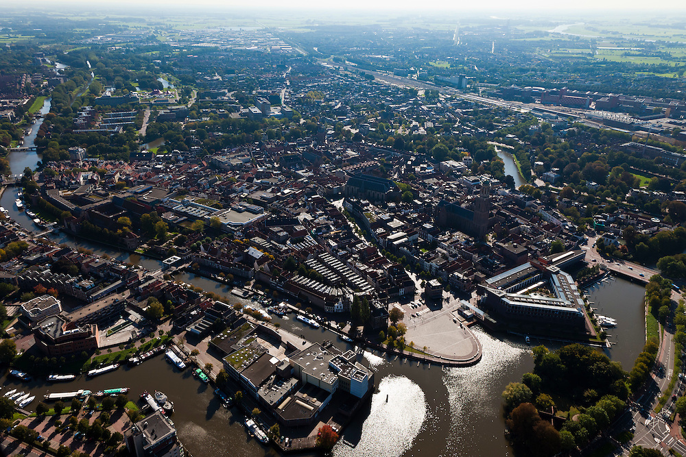 Nederland, Overijssel, Zwolle, 03-10-2010; overzicht binnenstad met rechts in de voorgrond een van de oude bolwerken..Overview of town center with one of the old strongholds..luchtfoto (toeslag), aerial photo (additional fee required).foto/photo Siebe Swart