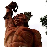 La escultura El Conjuro de Caricuao, mejor conocida como el Indio de Caricuao forma parte del patrimonio jistorico de la ciudad capital, se encuentra ubicada en la parroquia Caricuao. Caracas 24 de agosto del 2008.<br /> Photography by Aaron Sosa<br /> Caracas, Venezuela 2008<br /> (Copyright © Aaron Sosa)