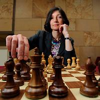 13-06-09 UK's 1st Female Grandmaster