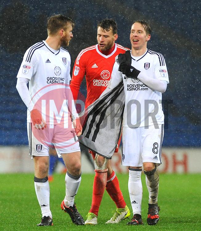Fulham players thank fans at the final whistle - Mandatory by-line: Nizaam Jones/JMP- 26/12/2017 -  FOOTBALL - Cardiff City Stadium - Cardiff, Wales -  Cardiff City v Fulham - Sky Bet Championship
