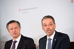 "25.02.2019, Innenministerium, Wien, AUT, Bundesregierung, Pressekonferenz zum Thema ""Aktuelles aus dem Bereich Asyl und Fremdenwesen, im Bild Matthias Vogl (Leiter Sektion III ""Recht""), Innenminister Herbert Kickl (FPÖ) // during a media conference at the interior ministry due to asylum topic in Vienna, Austria on 2019/02/25, EXPA Pictures © 2019, PhotoCredit: EXPA/ Michael Gruber"