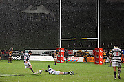 Auckland's Ash Moeke kicks a late penalty to deny Taranaki a bonus point.<br /> Air New Zealand Cup rugby match - Taranaki v Auckland at Yarrows Stadium, New Plymouth, New Zealand. Friday 9 October 2009. Photo: Dave Lintott/PHOTOSPORT