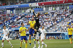 (L-R) Jacheol Koo of Korea Republic, Mikael Lustig of Sweden, Pontus Jansson of Sweden, goalkeeper Hyeonwoo Jo of Korea Republic, Wooyoung Jung of Korea Republic, Yong Lee of Korea Republic, Ola Toivonen of Sweden during the 2018 FIFA World Cup Russia group F match between Sweden and Korea Republic at the Novgorod stadium on June 18, 2018 in Nizhny Novgorod, Russia