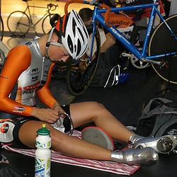 ALKMAAR (NED) wielrennen<br /> NK Baanwielrennen ; vrouwen; ; 500meter; Yvonne Hijgenaar