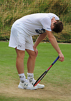 Tennis - 2017 Wimbledon Championships -<br /> Training sessions<br /> <br /> Andy Murray [GBR] seems to be struggling during training in Aorangi Park<br /> <br /> COLORSPORT/ANDREW COWIE