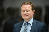 DEU, Deutschland, Germany, Berlin, 16.04.2018: Portrait von Frank Schwabe (MdB, SPD), menschenrechtspolitischer Sprecher der SPD-Bundestagsfraktion.