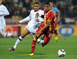 Ricardo Clark (USA) e Prince Boateng (Ghana).USA Ghana - USA vs Ghana.Ottavi di finale - Round of 16 matches.Campionati del Mondo di Calcio Sudafrica 2010 - World Cup South Africa 2010.Royal Bafokeng Stadium, Rustenburg, 26 / 06 / 2010.