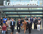 Hare Majesteit Koningin Maxima is aanwezig bij de toekenning van het duizendste taaltraject aan medewerkers van Hago Zorg werkzaam in het Erasmus MC in Rotterdam. De schoonmakers hebben hun taaltraject versneld afgerond en krijgen in aanwezigheid van Koningin M&aacute;xima hun certificaat in het ziekenhuis uitgereikt<br /> <br /> Her Majesty Queen Maxima is available in granting the thousandth language course at Hago Zorg employees working at the Erasmus MC in Rotterdam. The cleaners have completed their language course and get accelerated in the presence of Queen M&aacute;xima their certificate awarded at the hospital
