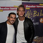 NLD/Amsterdam/20150116 - Premiere 'Ali Baba en de 40 rovers ,Ferry Doedens en partner Nuno Azevedo