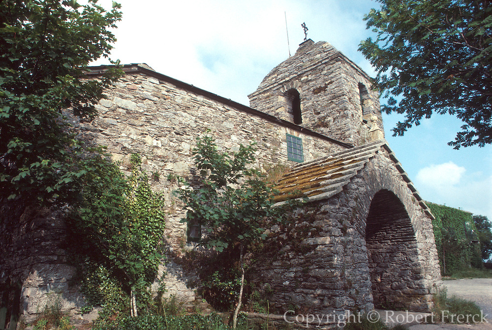 SPAIN, ROUTE OF SANTIAGO Cebreiro ancient celtic village