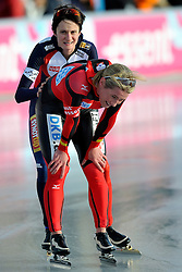 08-01-2012 SCHAATSEN: EC ALLROUND: BUDAPEST<br /> 3000 meter women / Claudia Pechstein GER wordt tweede achter Martina Sablikova CZE<br /> ©2012-FotoHoogendoorn.nl