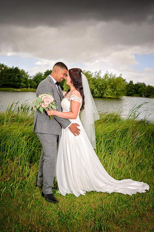 Hertfordshire Wedding at Three Lakes, Westmill Farm