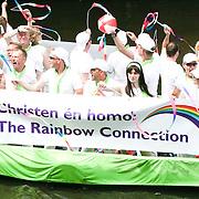 NLD/Amsterdam/20080802 - Canal Parade 2008 Amsterdam, boot met christelijke homosexuele jongeren