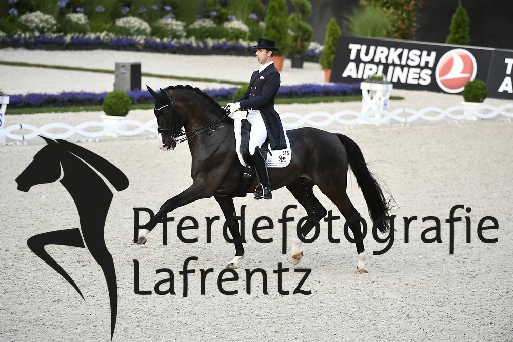 WERNDL Benjamin (GER), Daily Mirror 9 <br /> Aachen - CHIO 2019<br /> HAVENS Pferdefutter-Preis<br /> Grand Prix CDI4*<br /> 17. Juli 2019<br /> © www.sportfotos-lafrentz.de/Karl-Heinz Frieler