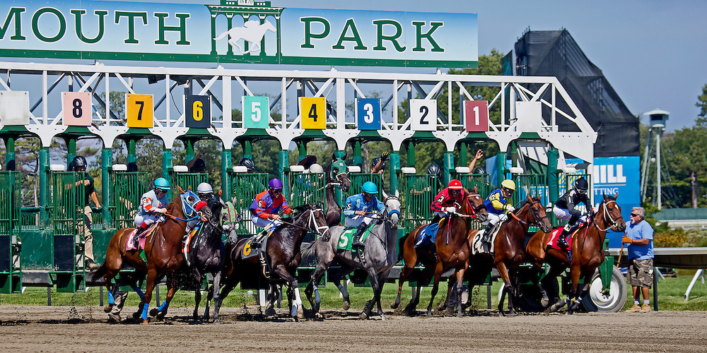 2 of 4. The start of the second race at Monmouth Park in August of 2015.