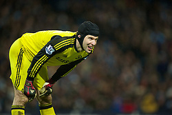 15.02.2014, Etihad Stadion, Manchester, ESP, FA Cup, Manchester City vs FC Chelsea, Achtelfinale, im Bild Chelsea's goalkeeper Petr Cech, action against Manchester City // during the English FA Cup Round of last 16 Match between Manchester City and FC Chelsea at the Etihad Stadion in Manchester, Great Britain on 2014/02/15. EXPA Pictures © 2014, PhotoCredit: EXPA/ Propagandaphoto/ David Rawcliffe<br /> <br /> *****ATTENTION - OUT of ENG, GBR*****