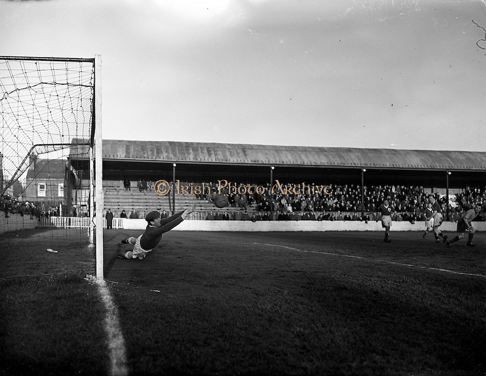 12/01/1952<br /> 01/12/1958<br /> 12 January 1958<br /> League of Ireland: Drumcondra  v Limerick at Tolka Park, Dublin.