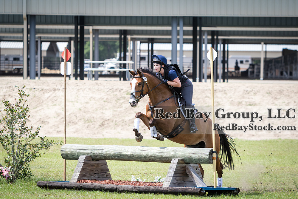 Megan Stockburger and A Kiss with a Fist at the Ocala International in Ocala, Florida.