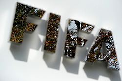 25.09.2015, FIFA Hauptquartier, Zuerich, SUI, Sitzung des FIFA Exekutivkomitees, absage der Pressekonferenz, im Bild das FIFA Logo am FIFA Hauptquartier, eine angekündigte Pressekonferenz nach der Sitzung des FIFA Exekutivkomitees wurde abgesagt // The FIFA logo outside the FIFA headquarters in Zurich. A scheduled press conference following the FIFA Executive Committee meeting was cancelled today during FIFA Executive Committee Meeting at the FIFA Hauptquartier in Zuerich, Switzerland on 2015/09/25. EXPA Pictures © 2015, PhotoCredit: EXPA/ Freshfocus/ Steffen Schmidt<br /> <br /> *****ATTENTION - for AUT, SLO, CRO, SRB, BIH, MAZ only*****