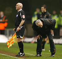 Photo: Steve Bond/Sportsbeat Images.<br /> Wolverhampton Wanderers v Leicester City. Coca Cola Championship. 22/12/2007. Mick McCarthy despairs
