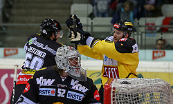 30.01.2015, Albert Schultz Eishalle, Wien, AUT, EBEL, UPC Vienna Capitals vs Dornbirner Eishockey Club, 43. Runde, im Bild Alexander Jeitziner (Dornbirner Eishockey Club) , Nathan Lawson (Dornbirner Eishockey Club) und Danny Bois (UPC Vienna Capitals) // during the Erste Bank Icehockey League 43th round match between UPC Vienna Capitals and Dornbirner Eishockey Club at the Albert Schultz Ice Arena in Vienna, Austria on 2015/01/30. EXPA Pictures © 2015, PhotoCredit: EXPA/ Alexander Forst