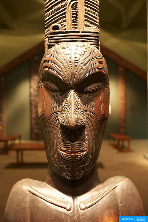 Artefacts at The Tangata Whenua Gallery at the Otago Museum..The gallery was redeveloped in 1990 to coincide with the 150th anniversary of the signing of the Treaty of Waitangi. For the redevelopment, Otago Museum Curators liaised with local Maori to create a gallery in which all would feel comfortable and welcome. The aim was to tell the stories of the makers and users of the artefacts on display.The Museum works closely with representatives of Ngai Tahu, the southern iwi or tribe, to ensure that displays are culturally appropriate..  Otago, New Zealand. 25th March 2011. Photo Tim Clayton