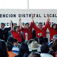 Metepec, México. Ernesto Nemer Alvarez, recibe el nombramiento como candidato a Diputado local, por el Partido Revolucionario Institucional (PRI), del distrito XXXV con cabecera en este municipio, al celebrarse la Convención Distrital Local por este partido y que participara en las elecciones de julio de este año. Agencia MVT / José Hernández. (DIGITAL)<br /> <br /> <br /> <br /> NO ARCHIVAR - NO ARCHIVE