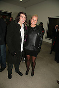 Adam Weymouth and Olympia Scarry, Andreas Gursky.White Cube, Mason's Yard. London. 22 March 2007.   -DO NOT ARCHIVE-© Copyright Photograph by Dafydd Jones. 248 Clapham Rd. London SW9 0PZ. Tel 0207 820 0771. www.dafjones.com.