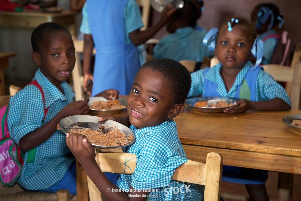 Jacmel  École communautaire Villeneuve d'Ascq de Montreuil. Section communale de Bas Cap Rouge.  Projet d'appui psycho-social et de retour des enfants à l'école.  Partenaire BAEH (Bureau Anglican d'éducation en Haïti)