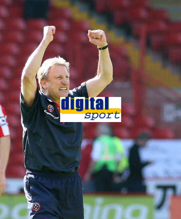 Photo: Mark Stephenson.<br /> Sheffield United v Watford. The Barclays Premiership. 28/04/2007.Sheffield's manager Neil Warnock celebrates there win over Watford