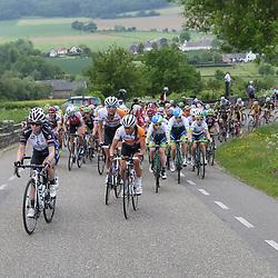 27-05-2016: Wielrennen: Boels Rental Classic: Valkenburg<br /> VALKENBURG (NED) wielrennen<br />Peloton op de Camering met op de eerste rij Tatiana Guderzo, Anouska Koster, Moniek Tenniglo