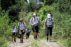 12-10-2008 REPORTAGE: KILIMANJARO CHALLENGE 2008: TANZANIA <br /> Van Momella Gate (1514m) naar Mariakamba Huts (2514m), de klim naar Mount Meru is begonnen. De Kilimanjaro Challenge van de BvdGf.<br /> &copy;2008-FotoHoogendoorn.nl