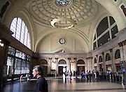 Spanje, Barcelona, 5-6-2005..Het station, treinstation, stationshal van het in oude glorie herstelde Estacio de Franca toerisme, economie, vakantie, stedentrip, stadsgezicht. stadsvernieuwing...Foto: Flip Franssen