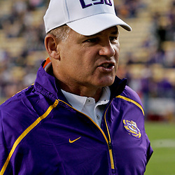 Oct 31, 2009; Baton Rouge, LA, USA; LSU Tigers head coach Les Miles during warm ups prior to kickoff against the Tulane Green Wave at Tiger Stadium.  Mandatory Credit: Derick E. Hingle