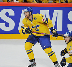11.05.2013, Globe Arena, Stockholm, SWE, IIHF, Eishockey WM, Schweden vs Slowenien, im Bild Sverige Sweden 7 Henrik Tallinder // during the IIHF Icehockey World Championship Game between Sweden and Slovenia at the Ericsson Globe, Stockholm, Sweden on 2013/05/11. EXPA Pictures © 2013, PhotoCredit: EXPA/ PicAgency Skycam/ Simone Syversson..***** ATTENTION - OUT OF SWE *****